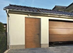 Гаражная боковая дверь Hormann NT 60 Decograin 875 х 2000